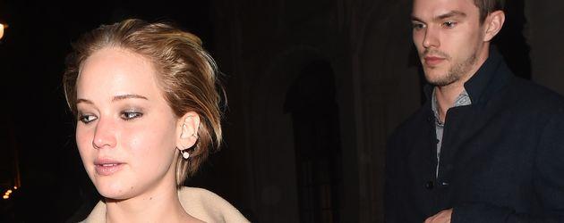 Jennifer Lawrence und Nicholas Hoult