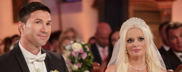 Lucas Cordalis und Daniela Katzenberger bei ihrer kirchlichen Trauung