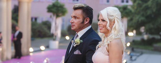 Peter Klein und Jennifer Frankhauser bei Daniela Katzenbergers Hochzeit