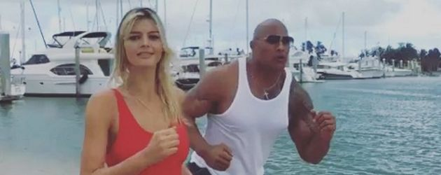 "Dwayne ""The Rock"" Johnson und Kelly Rohrbach"