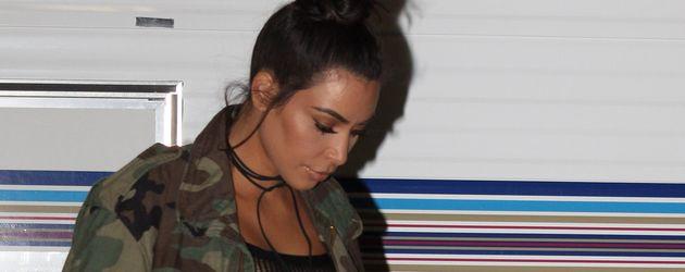 Kim Kardashian auf dem Weg zum OUE Skyspace Event in L.A