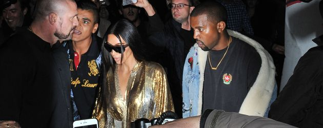 Kim Kardashian und Kanye West im Oktober 2016 bei der Fashion Week in Paris