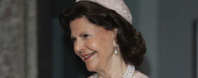 Königin Silvia an der Taufe von Prinz Oscar in Stockholm