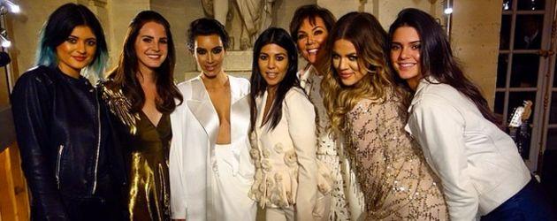 Khloe Kardashian, Kim Kardashian, Kourtney Kardashian, Kris Jenner und Lana Del Rey