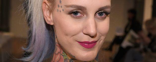 Lexy Hell bei der Marcel Ostertag Show auf der Berlin Fashion Week