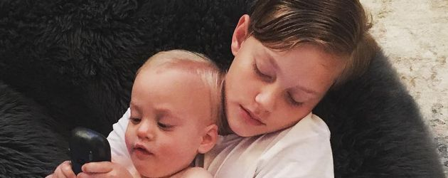 Liv Tylers Söhne Milo und Sailor