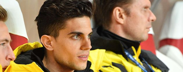 Marc Bartra im Stadion in Monaco