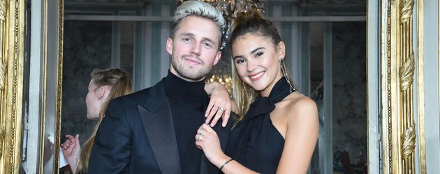 Marcus Butler und Stefanie Giesinger bei der Kaviar-Gauche-Modenschau während der Paris Fashion Week