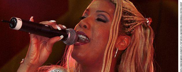 Melanie Thornton bei einem Auftritt im Juni 2001 in Saarbrücken