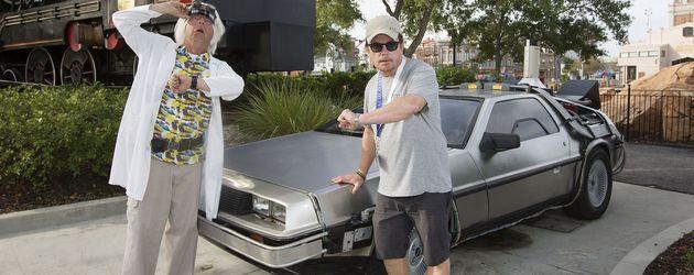 """Christopher Lloyd und Michael J. Fox beim Besuch des """"Universal Orlando""""-Studios"""