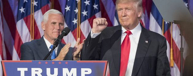Mike Pence und Donald Trump im Hilton Midtown Hotel in NYC