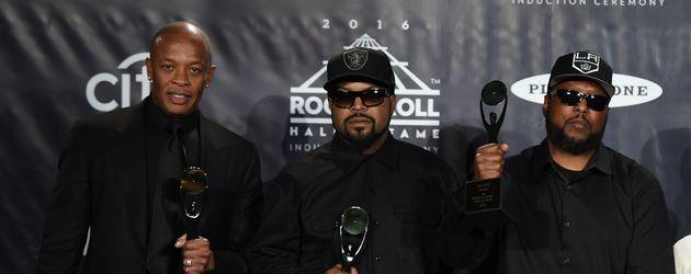N.W.A.-Bandmitglieder: Dr. Dre, Ice Cube & MC Ren (v.l.)