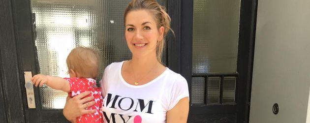 Nina Bott mit Tochter Luna