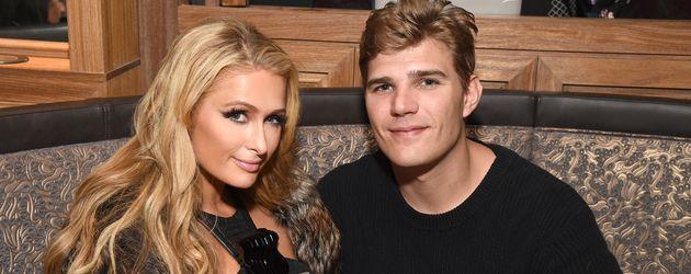 Paris Hilton und Chris Zylka bei einer Laden-Eröffnung