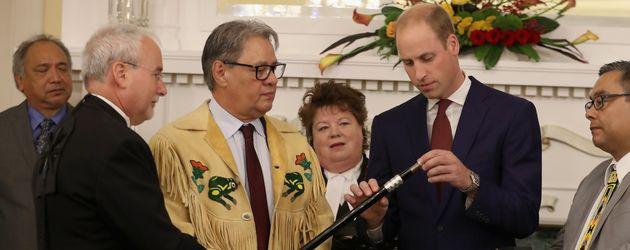 Prinz William (2.v.r.) bei einer Veranstaltung in Victoria