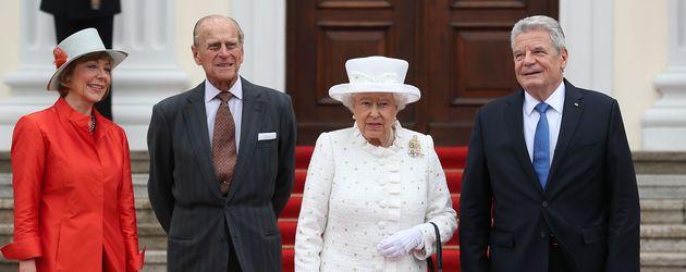Queen Elizabeth II., Prinz Philip und Joachim Gauck