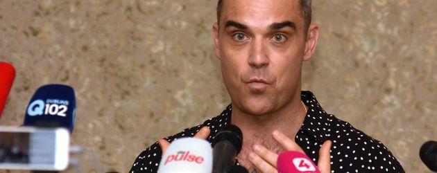 Robbie Williams bei der Pressekonferenz zur Tournee in Dublin