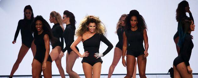 "Sabia Boulahrouz als Beyoncé bei ""Dance Dance Dance"""