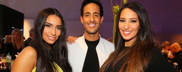 Sami Slimani mit Lamiya und Dounia Slimani bei der Mercedes-Benz Fashion Week in Berlin