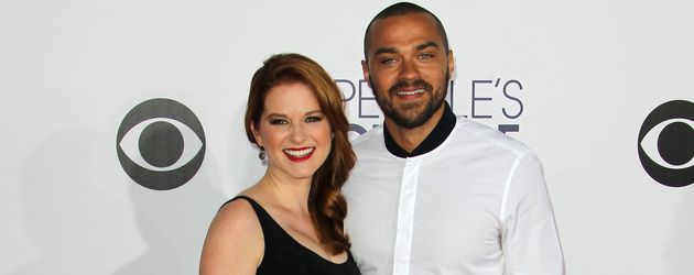 Jesse Williams und Sarah Drew