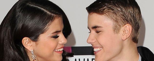Selena Gomez und Justin Bieber im Jahr 2011