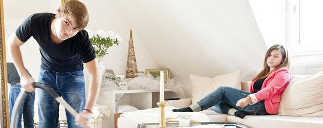 unter uns so lebt marvin linke mit seiner yolanda. Black Bedroom Furniture Sets. Home Design Ideas