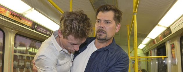 Vince (Vincent Krüger) und Leon (Daniel Fehlow) bei GZSZ