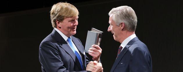 Willem-Alexander der Niederlande König Philippe von Belgien bei der Buchmesse